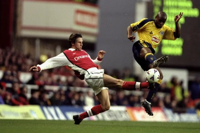 Malz u bashkua me Gunners në moshën 27 vjeç, por karriera e tij në Arsenal ishte jetëshkurtër