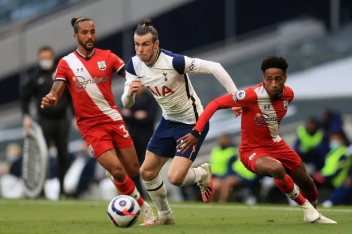 Gareth Bale looks to move away from two Saints men