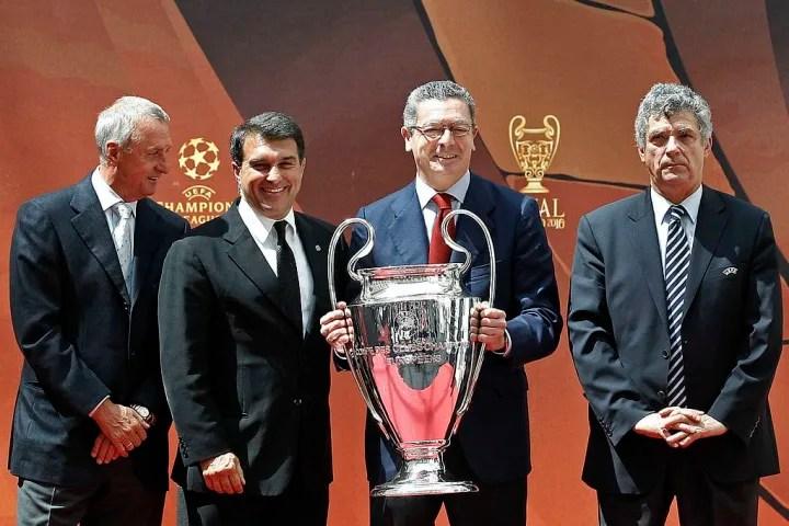 Angel Maria Villar, Joan Laporta, Johan Cruyff, Alberto Ruiz Gallardon