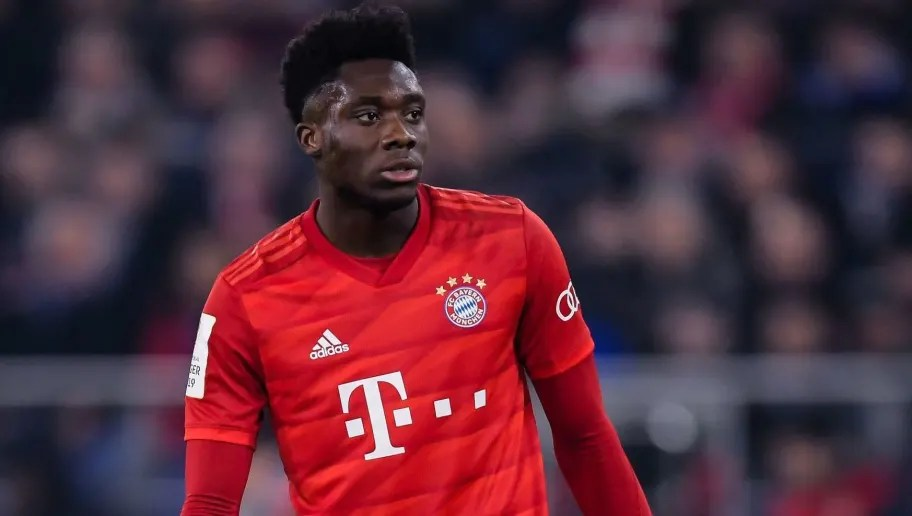 Alphonso Davies Signs New Long-Term Contract at Bayern Munich ...