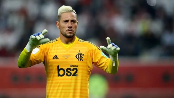 Fla avalia possibilidade de contratar goleiro para ser reserva de Diego Alves; opções são analisadas   90min