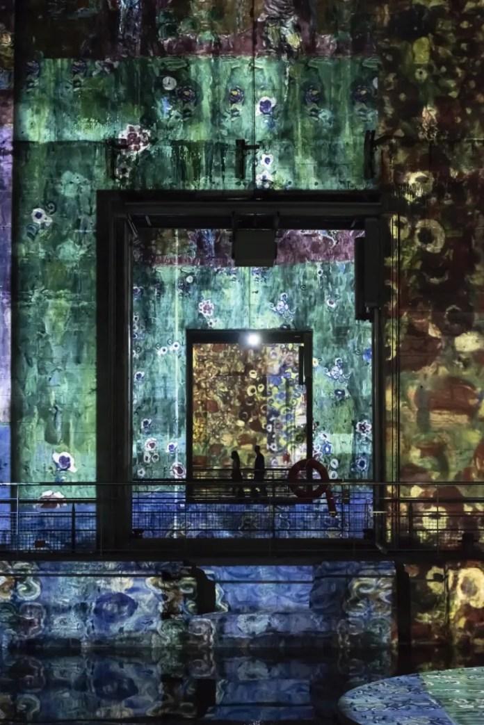 Художественная галерея на нацистской подводной базе.