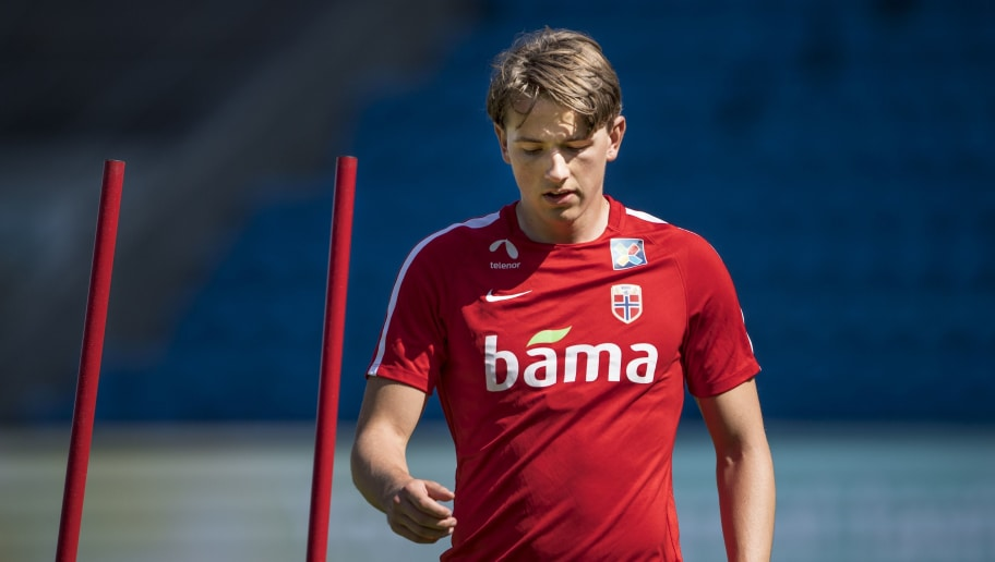 8 Young Players to Watch in This Season's Europa League Group Stages norway training session 5ba3b13acfa268e769000001