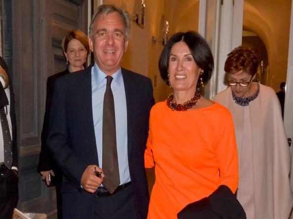 Paloma Picasso, figlia di Pablo e Françoise Gilot a Roma col marito (LaPresse)