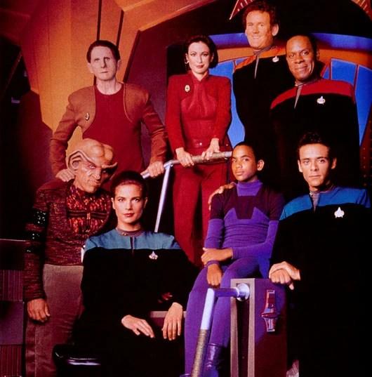Die Crew von Star Trek Deep Space Nine in der ersten Staffel