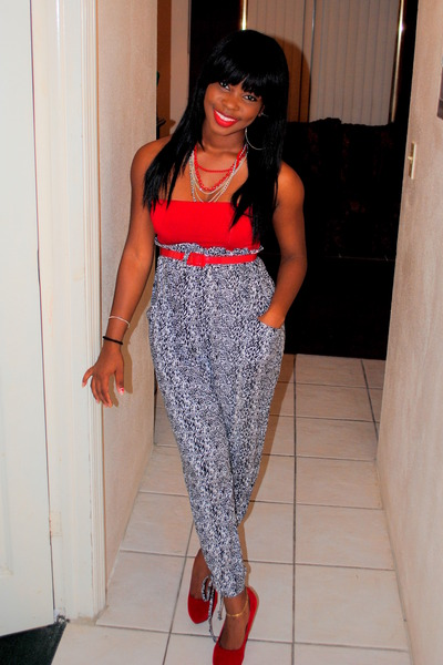 Red-wedges-charlotte-russe-shoes-black-animal-print-pants-red-top_400