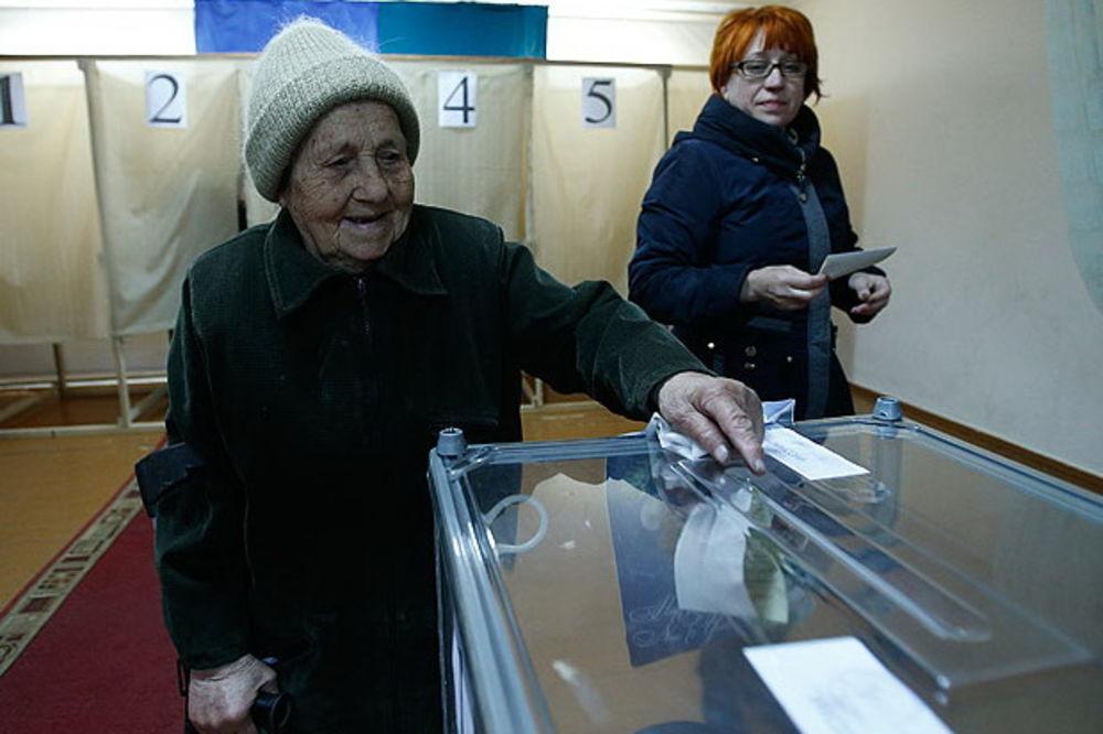 UŽIVO UKRAJINA DAN 27: Izlaznost na referendumu premašila 50 odsto, policija i vojska u pripravnosti