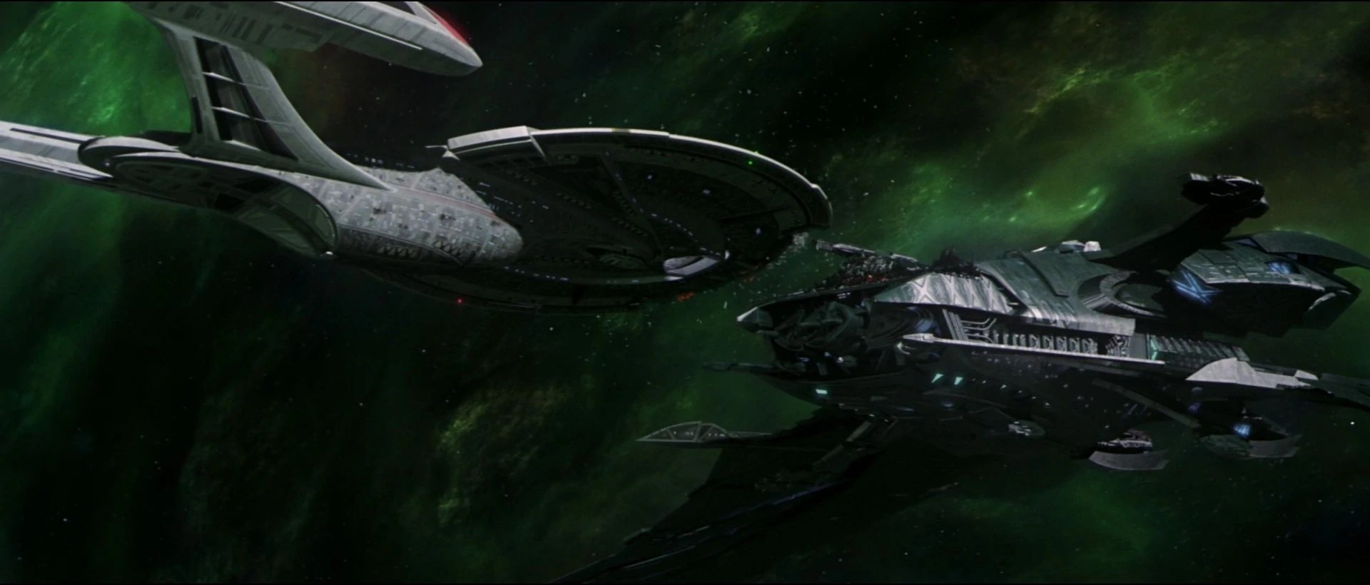 The Enterprise-E faces off with Shinzons Scimitar in Star Trek Nemesis