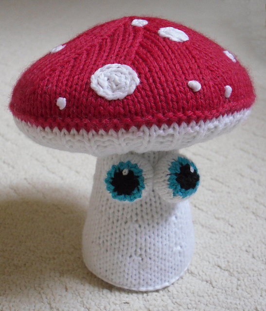 Knitted Faery Mushrooms