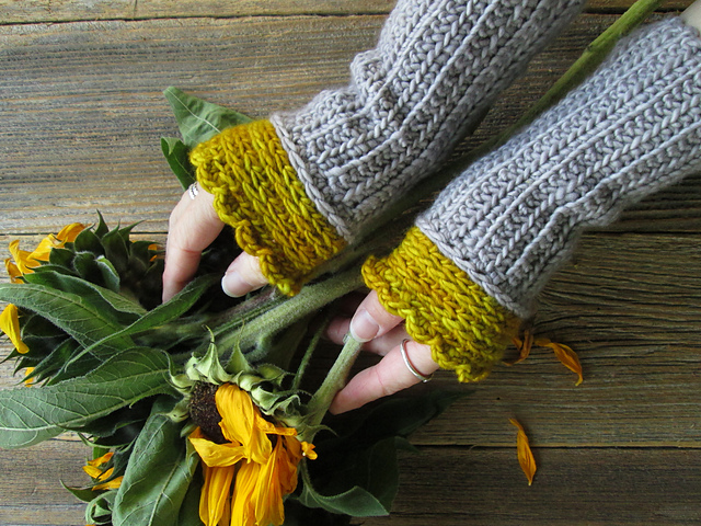 Crochet Fingerless Gloves Free Patterns.
