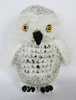 Realistic Snowy Owl Pattern to crochet.
