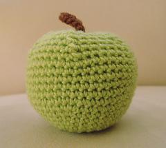Crochet apple toy pattern
