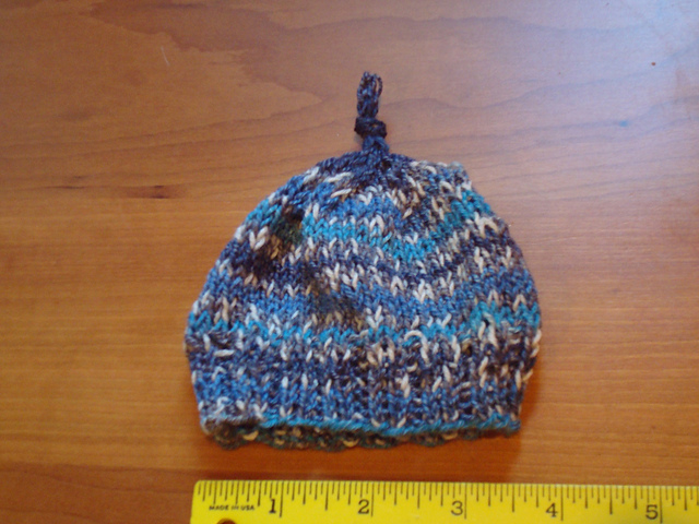 Photo of the preemie hat