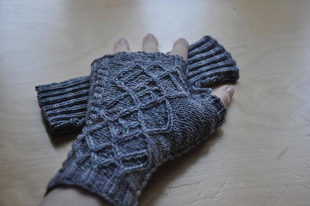oddity fingerlose handschuhe gratis stricken zauberwiese neuseeland merino