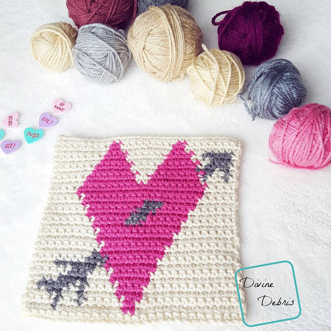 8″ Tapestry Heart Afghan Square