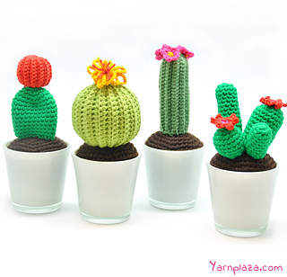 Crocheted Cactus - free pattern