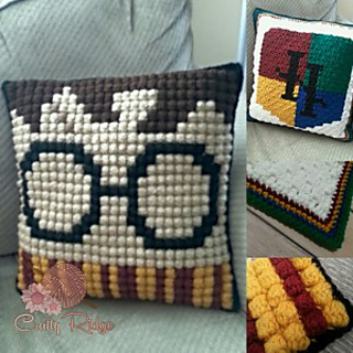 potter pillow pattern by crafty ridge