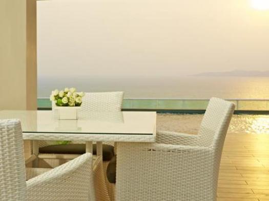 Cozy Beach Hotel Pattaya