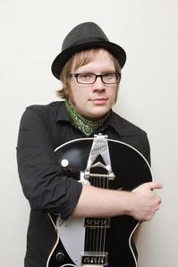 Does Anyone Here Think Fall Out Boy Is A Emo Band