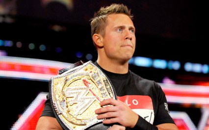 https://i2.wp.com/images4.fanpop.com/image/photos/17900000/The-Miz-WWE-champion-the-miz-michael-mizanin-17986835-624-390.jpg?resize=426%2C266