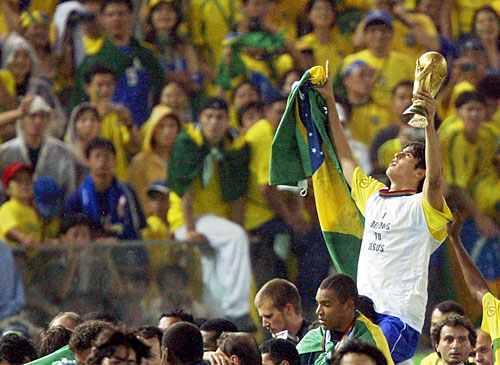 ผลการค้นหารูปภาพสำหรับ Kaka In World Cup 2002