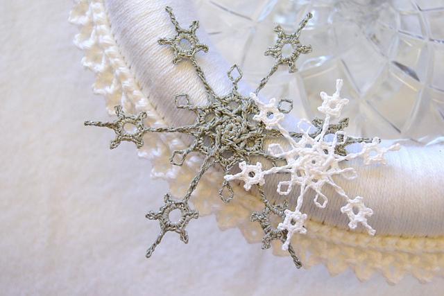 Stellar Snowflakes in Interweave Crochet! (2/4)