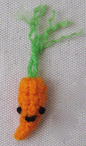 Baby carrot - food crochet patterns