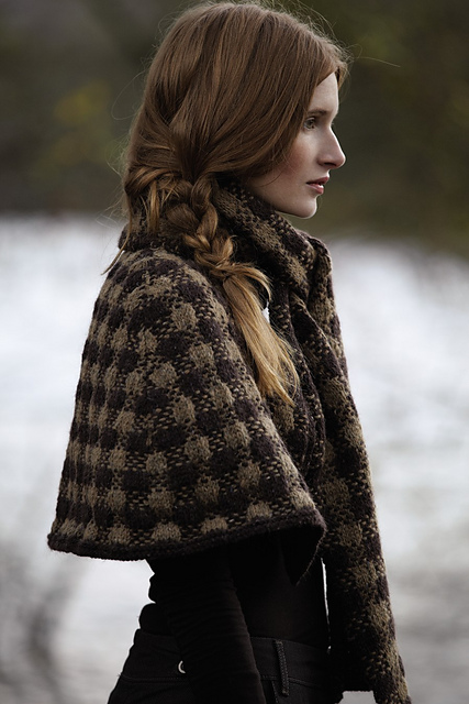 http://www.ravelry.com/patterns/library/dhurrie