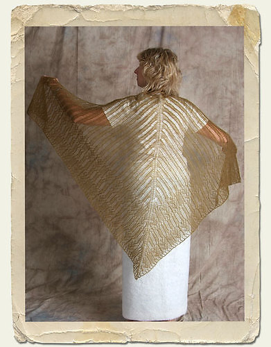 LOVE the Goddess Knits patterns, they are stunning!