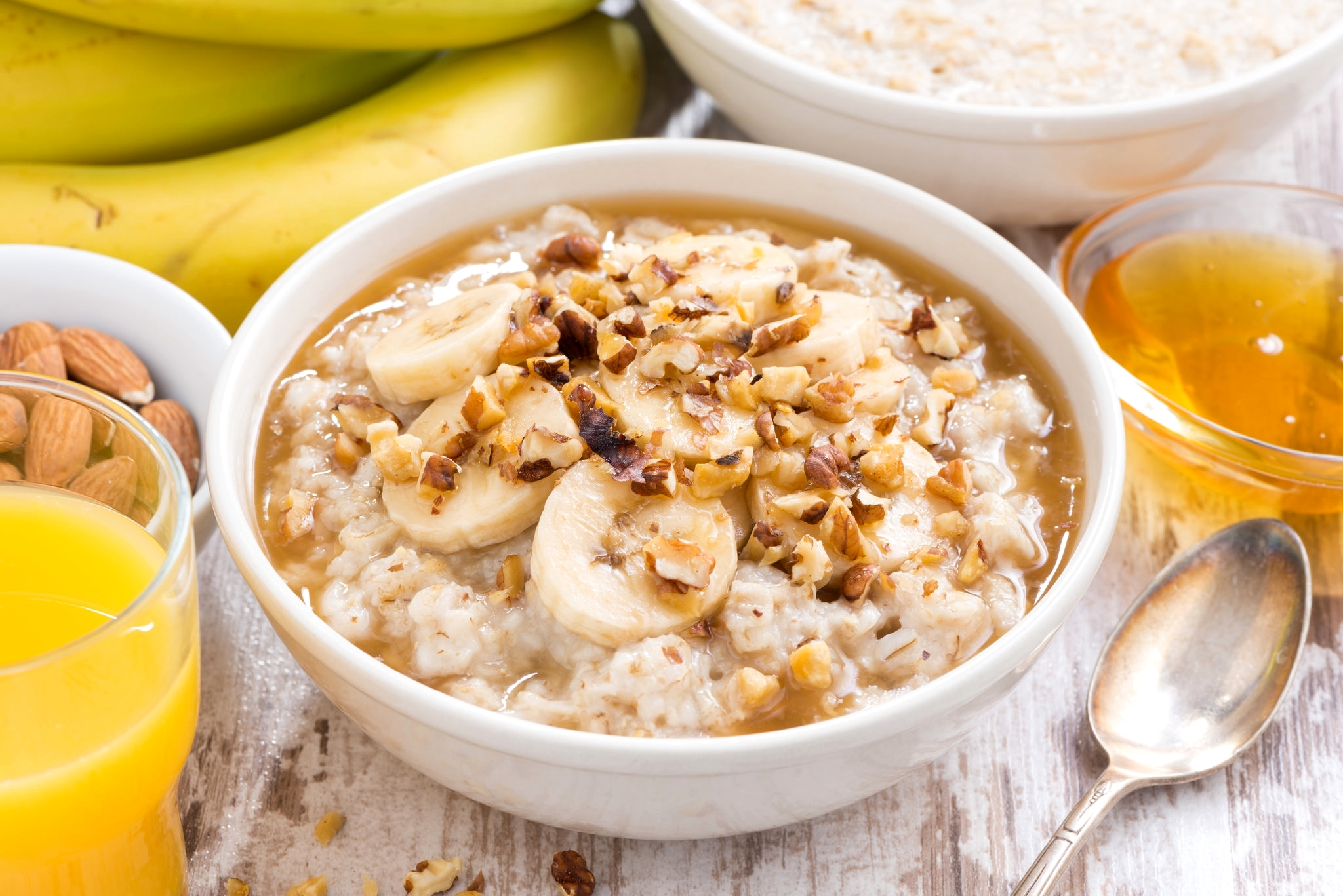 Top 10 Healthiest Snacks You Can Eat: Oatmeal