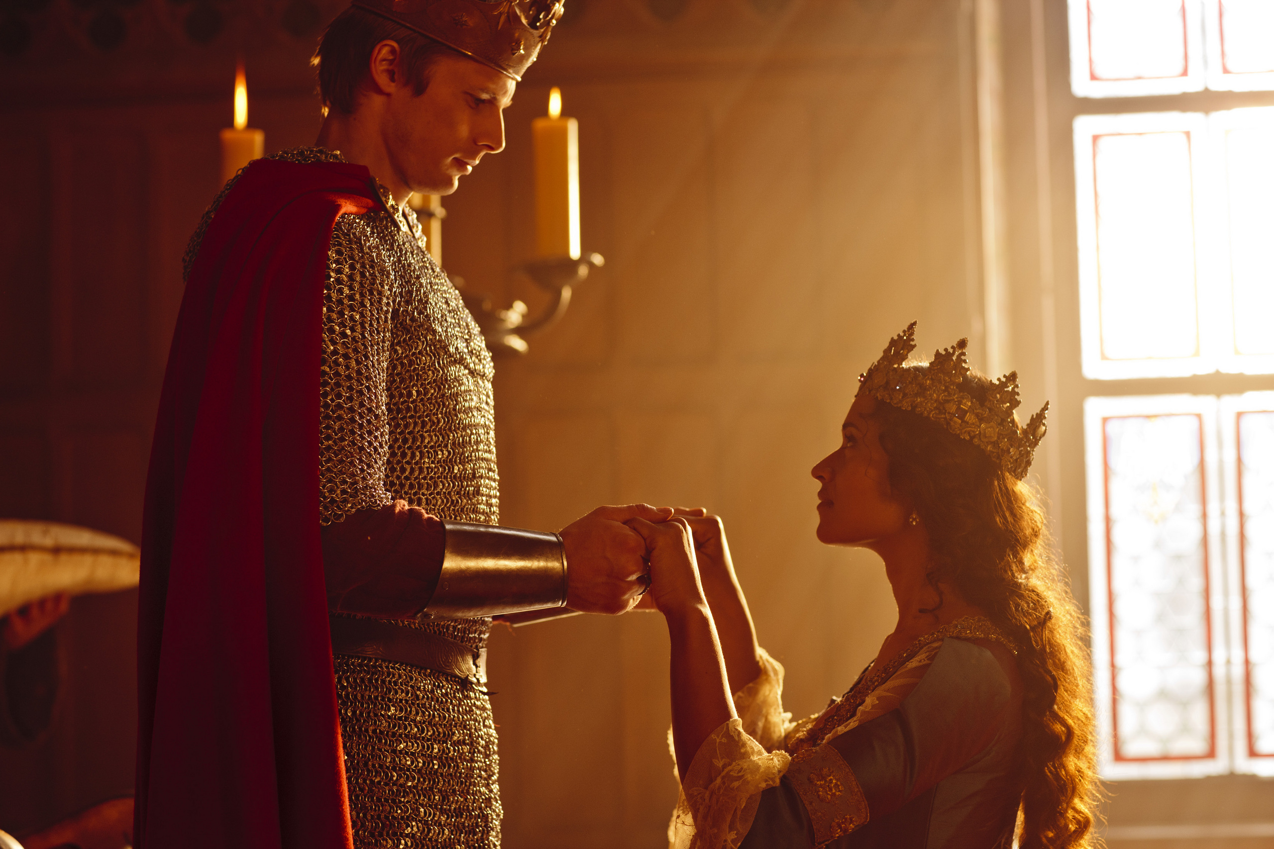 https://i2.wp.com/images5.fanpop.com/image/photos/28600000/King-Arthur-and-Queen-Guinevere-merlin-on-bbc-28658670-2560-1707.jpg