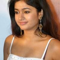 Poonam Bajwa Indian hot beauty