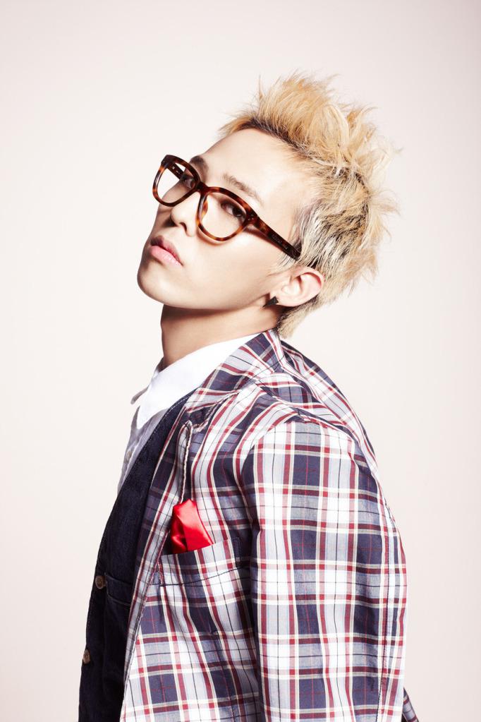 https://i2.wp.com/images6.fanpop.com/image/photos/33200000/G-DRAGON-kwon-jiyong-33255655-682-1023.jpg