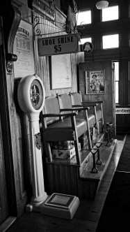 station-waiting-room-steaming-tender-palmer-ma