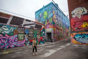 Looking in awe the tremendous Artwork in Toronto, Graffiti Alley
