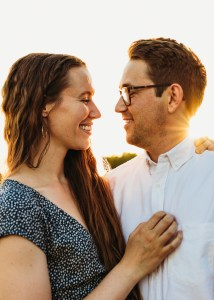 tips on how to take better iphone tips with your babe, sunset engagement photos