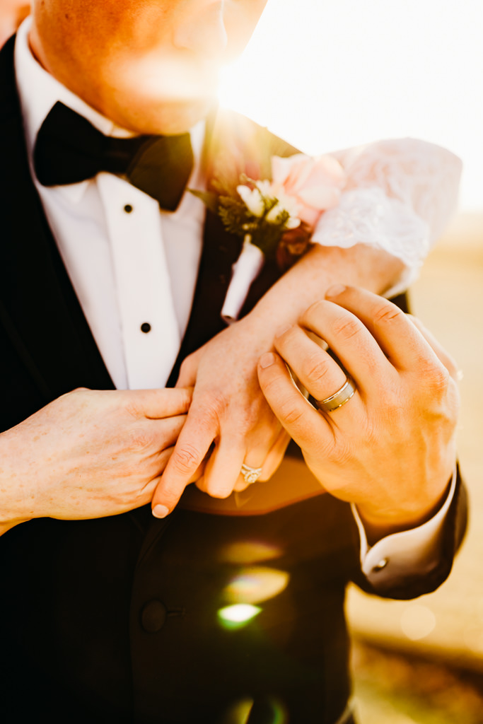 which wedding vendors should i hire first, minnesota wedding photographer