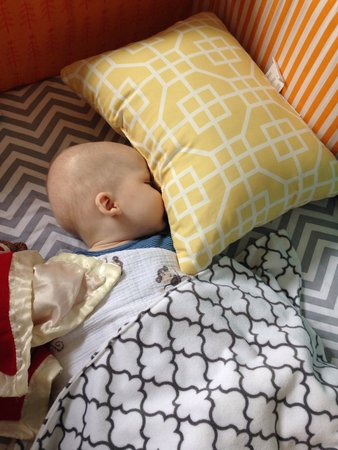 Pillow Hashtag On Twitter