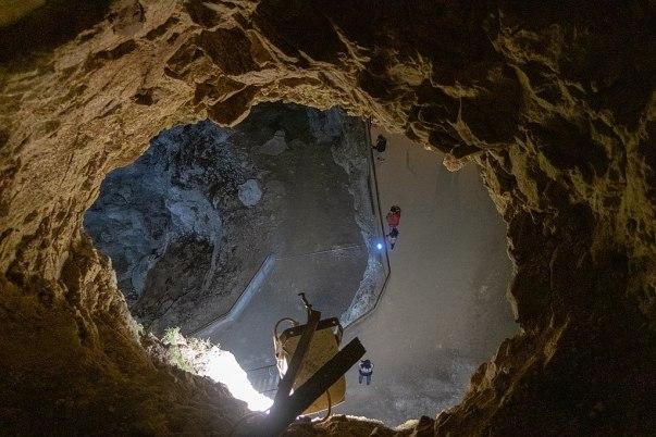 Пещерата Дяволското гърло / The Devil's Throat Cave