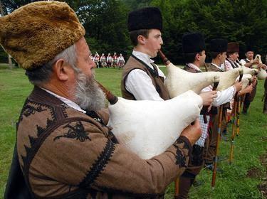 Photo credit facebook Рожен - събор на народното творчество и животновъдство