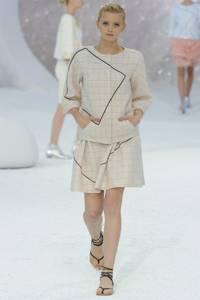 chanel17 Chanel Spring 2012 | Paris Fashion Week