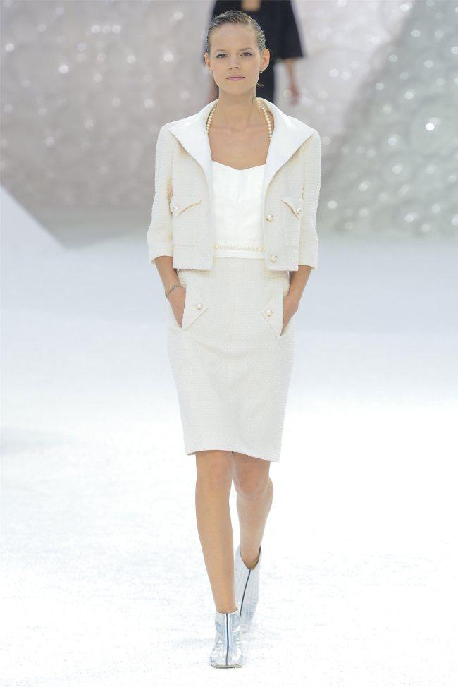 chanel2 Chanel Spring 2012   Paris Fashion Week