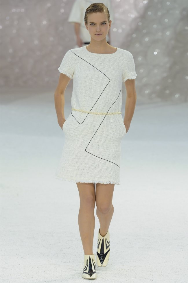 chanel8 Chanel Spring 2012 | Paris Fashion Week