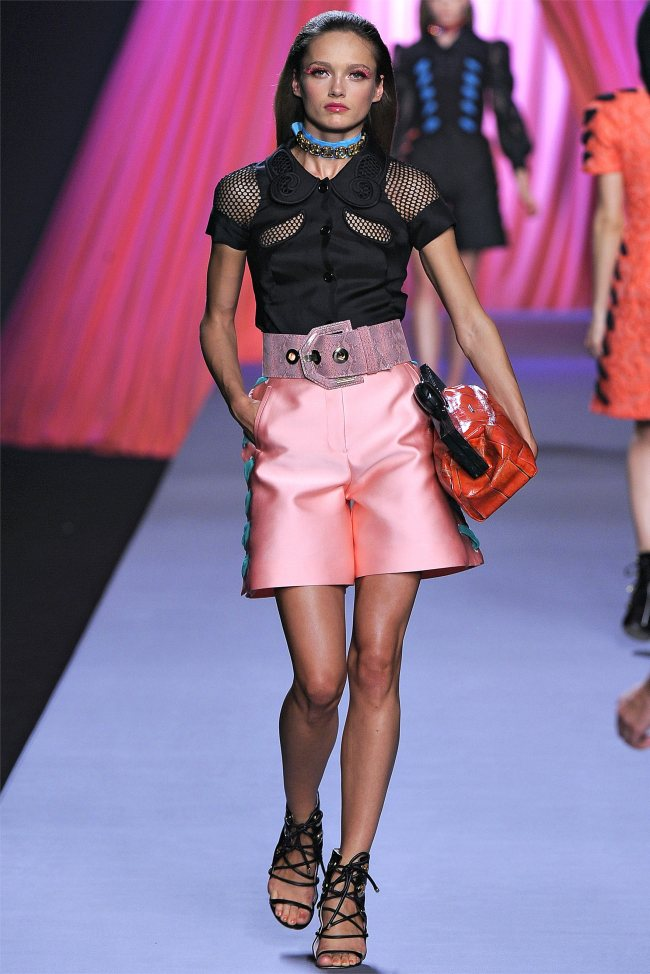 viktor rolf8 Viktor & Rolf Spring 2012 | Paris Fashion Week