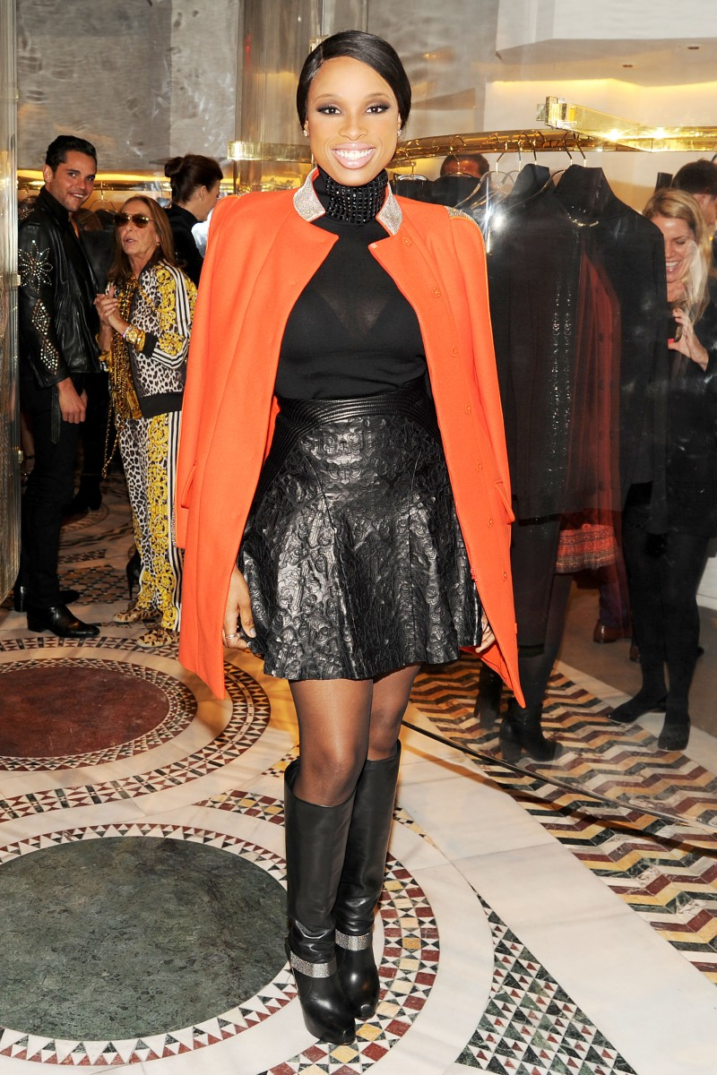 versace5 Doutzen Kroes, Lady Gaga, Coco Rocha and Others Step Out for Versaces SoHo Store Opening