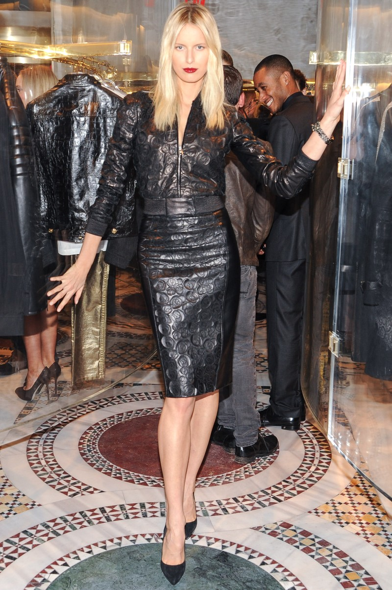 versace7 Doutzen Kroes, Lady Gaga, Coco Rocha and Others Step Out for Versaces SoHo Store Opening