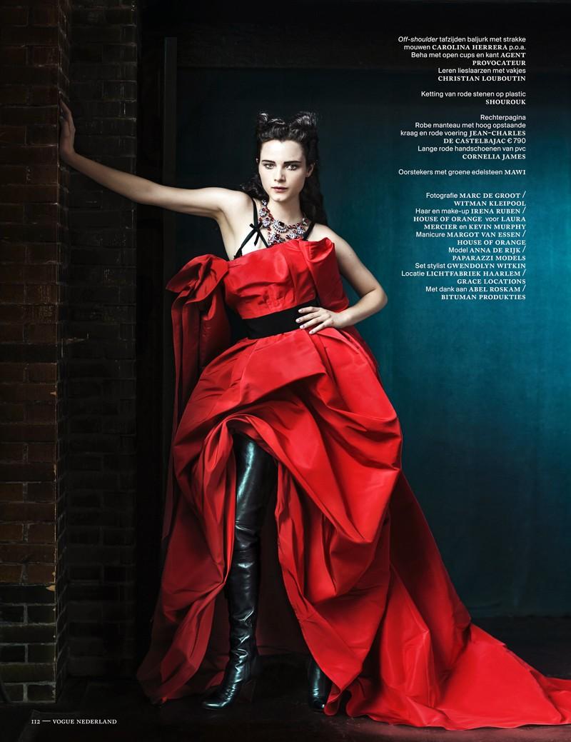 anna de rijk9 Anna de Rijk Dresses for Halloween in Vogue Netherlands November Issue, Lensed by Marc de Groot