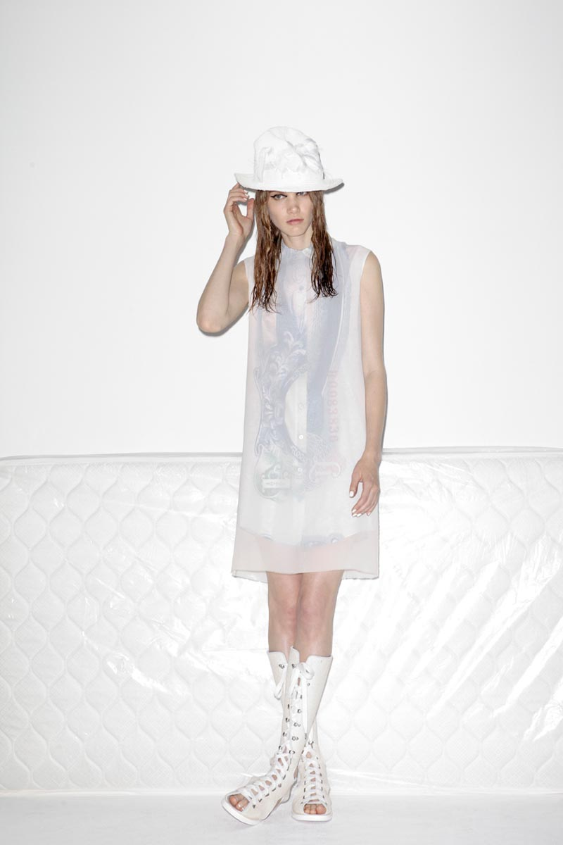 acne8 Acnes Resort 2013 Collection Offers Currency as Prints