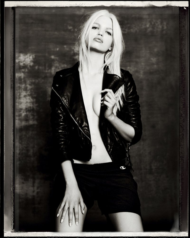 daphne groeneveld5 Daphne Groeneveld Rocks Cool Fashion for Mariano Vivancos Muse Shoot