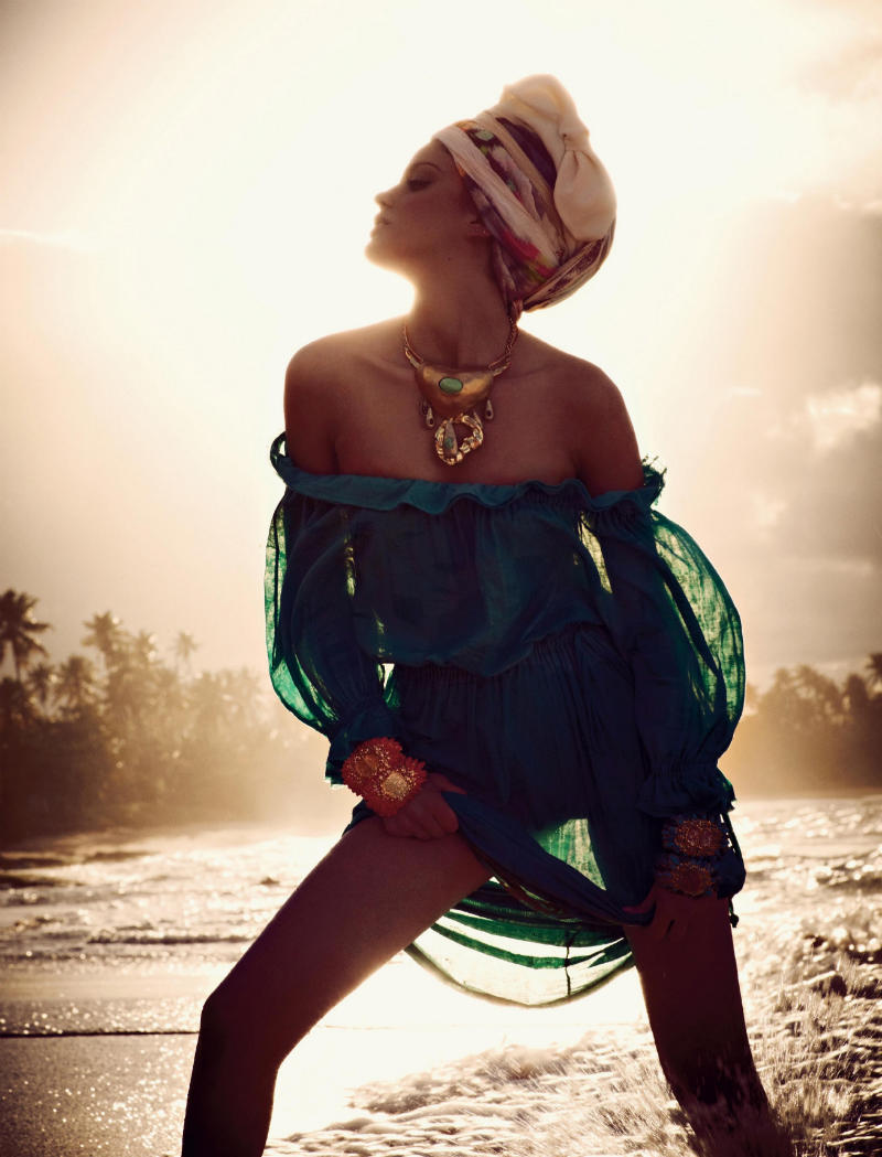 alonso10 Alejandra Alonso by Mariano Vivanco for <em>Vogue Russia</em> May 2011